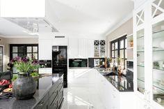 Designer og stylist: Nina Th. Fredrikstad, Kitchens, Scale, Studio, Design, Home Decor, Weighing Scale, Decoration Home, Room Decor