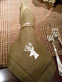 Embroidered napkins for the holidays - this could be an easy DIY too #Anthropologie #PinToWin
