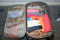 How to pack for vacation with only a carry on, from theclassyturtle.com.  Great ideas, thanks Rachel:)