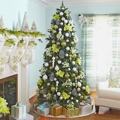 Use flowers and ornaments to create a color palette for your tree