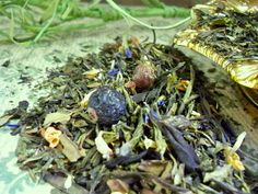 www.glenbrookfarm.com. have some of the most intriguing teas like Blessed Life. It has   delicious,exotic ingredients like green tea China -Sencha, -Ming Mee, white tea, green tea Gunpowder, Jiaogulan, green tea China Wu Lu,  jasmine blossoms, red and black currants, cornflower blossoms, apricot bits  Only at www.glenbrookfarm.com