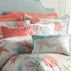 Discover our favorite nautical quilts and nautical bedding sets including comforters, duvet covers, and more with nautical themes like anchors and more. Nautical Bedding Sets, Coastal Bedding, Coastal Bedrooms, Beach Theme Bedding, Best Bedding Sets, Queen Bedding Sets, Luxury Bedding Sets, Designer Comforter Sets, Peach Bedding