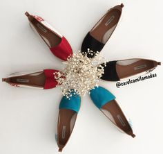 Meninaas um de cada por favor ❤️ {209,90} #querotodos    ••》Whatsapp 43 9148-2241  ☎  43 3254-5125.    Rua Rio Grande do Norte, 19 Centro - Cambé-Pr   Snap: lojacarolcamila   #carolcamilamodas #fashionistando #fashionstyle #fashionista #instafashion #shoeslovers #shoesfashion #MRshoes #morenarosashoes #shoesstyle #shoes #alpargas