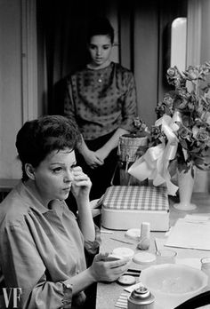 JUDY GARLAND AND LIZA MINNELLI ~ Judy in her dressing room preparing for a concert with Liza... Philadelphia 1961.