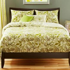 Shop for Lahaina Luau Reversible Queen-size Duvet Cover Set. Get free delivery On EVERYTHING* Overstock - Your Online Fashion Bedding Store! Green Duvet Covers, Black Duvet Cover, Futon Covers, Duvet Cover Sets, Cover Gray, Pottery Barn, Si Cover, Ikea, Modern