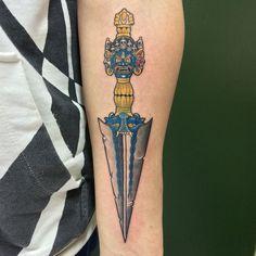 Tattoo adaga phurba