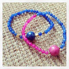 Pulsera azul y rosa