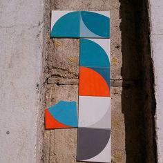 #vintage #vintagestuff #vintagedecor #Lisboa #Lisbon #lisbonne #lisboa_lovers #lisboacool #lisboaélinda #lisbonlive #Bestoflisbon #welovelisbon #colors #tiles #wall #pattern #azulejosportugueses #azulejos #azulejoslisboa #visitlisboa #urbanwalls #colorsplash #arteurbano #tileporn #tileaddiction #tiled #tile #surrealejos #azulejoportugues #wallporn by hugosilvapereira