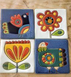 Handmade ceramic tiles ceramicart ceramic art handmade - Her Crochet Dot Art Painting, Pottery Painting, Ceramic Painting, Ceramic Clay, Ceramic Pottery, Clay Tiles, Tile Art, Mosaic Art, Art Populaire