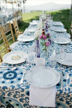 10 do it yourself projects for an outdoor dinner party pinterest gold chairs complement this blue patterned tablecloth wedding photo by swoon by solutioingenieria Choice Image