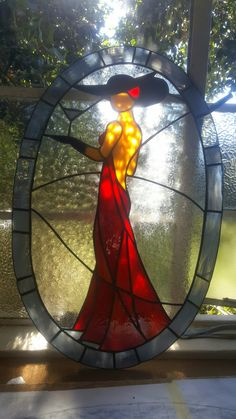 Lady in Red Leadglass