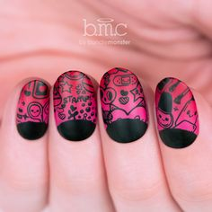 We're such nail addicts that we can't help but stamp nail products 💁 #guilty #sorrynotsorry Click the image to shop this stamping plate! #cute #nails #manicure #love #hearts Nail Art Stamping Plates, Nail Stamping, Bundle Monster, Toe Nail Designs, Cute Japanese, Plate Sets, Toe Nails, Nails Inspiration, Emoji