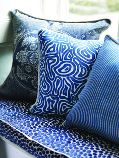 Designers Guild create inspirational home décor collections and interior furnishings including fabrics, wallpaper, upholstery, homeware & accessories. Cottage Living Rooms, Made To Measure Curtains, White Cushions, Blue Bedroom, Master Bedroom, Designers Guild, White Rooms, Luxury Home Decor, Soft Furnishings