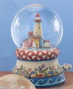 Jim Shore / Heartwood Creek 4011846 Lighthouse Musical Water Globe: Safe Harbor