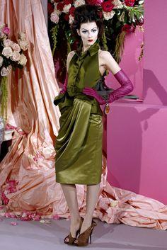 Christian Dior Spring 2010 Couture Fashion Show - Anna Kuchkina (NATHALIE)