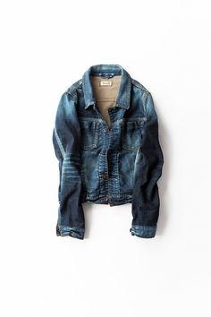 Kyoko Kikuchi's Closet | 気軽に羽織れるデニットジャケット