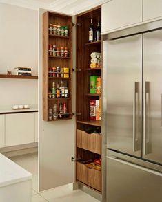 Adorei essa ideia para dispensa na cozinha.  Pinterest:  http://ift.tt/1Yn40ab…