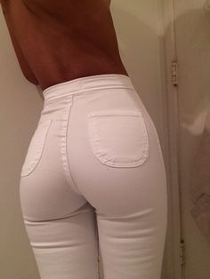 Skinni High Waist Jeggings (available at Outfit Made)