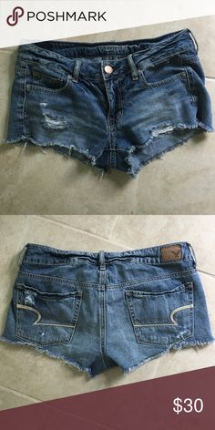 American eagle shorts Never been worn!! Really cute American eagle distressed shorts☺️ American Eagle Outfitters Shorts Jean Shorts