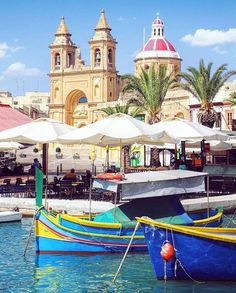 Marsaxlokk, Malta // Top Things To Do In Malta Holidays, Malta Beaches, Best Places To Visit In Malta, Where is Malta Where Is Malta, Beautiful Islands, Beautiful World, Malta Holiday, Malta Beaches, Malta Island, Madrid, Fishing Villages, Hotels