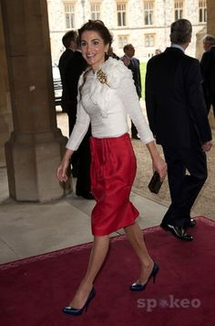 Queen Rania of Jordan Guests are greeted inside the Grand Vestibule at Windsor Castle, to attend the Sovereign Monarchs Jubilee luncheon, commemorating The Queen's Diamond Jubilee