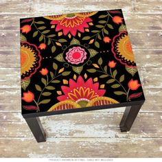 ideas upcycled furniture ideas ikea lack table for 2019 Funky Painted Furniture, Retro Furniture, Ikea Furniture, Unique Furniture, Upcycled Furniture, Furniture Makeover, Patterned Furniture, Furniture Ideas, Mexican Furniture