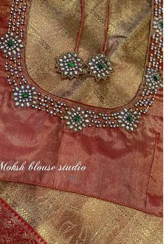 Blouse Designs High Neck, Hand Work Blouse Design, Pattu Saree Blouse Designs, Simple Blouse Designs, Stylish Blouse Design, Fancy Blouse Designs, Bridal Blouse Designs, Sari Blouse, Kurta Designs