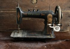 Small Antique Sewing Machine // Decorative Gold New by riceandbell, $75.00