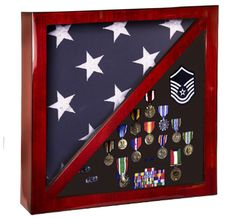 Celebrate a great soldier with this 17 x 17 Rosewood Piano Finish Flag & Memorabilia Display Case for a flag. Personalize the display case with any name, logo, design, or phrase to make it special. Get yours today! Medal Display Case, Award Display, Display Cases, Display Medals, Medal Displays, Military Shadow Box, Military Box, Military Service, Military Gifts