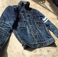 Another look at the awesome denim evo with ・・・ Denim Boots, Denim Jacket Men, Denim Shirt, Denim Jeans, Momotaro Jeans, Gilet Jeans, Moda Jeans, Estilo Jeans, Men's Denim