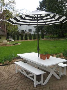 Pottery Barn Benches with X Table Ana White - Patio Table - Ideas of Patio Table Picnic Table With Umbrella, Picnic Table Bench, Patio Table, Diy Patio, Outdoor Tables, Outdoor Decor, White Outdoor Bench, Backyard Projects, Outdoor Projects
