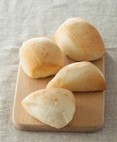 100均の容器ひとつで、オーブン無しでもパンが作れる! 冷蔵庫に「作りおき」生地で、食べたい分だけ焼き立て! (ダ・ヴィンチニュース) - Yahoo!ニュース