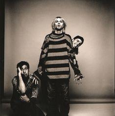 Nirvana by Anton Corbijn, Seattle, WA, US. Kurt Cobain, Krist Novoselic and Dave Grohl Rock And Roll, Eddie Vedder, Psychedelic Rock, Music Rock, Indie, Donald Cobain, Scott Weiland, Nirvana Kurt Cobain, Nirvana Art