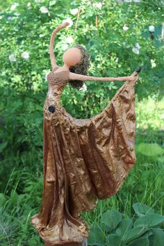Fatima the Ballerina by on Etsy Corn Husk Crafts, Victorian Christmas Decorations, Copper Wire Art, Corn Husk Dolls, African Dolls, Glass Bottle Crafts, Decoupage Box, Clay Design, Paperclay