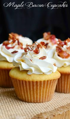 Soft maple cupcakes with a hint of bacon topped with maple buttercream frosting, crispy bacon bits and a touch of maple syrup. I candied the bacon for the topping and I added finely chopped crisp bacon to batter. Pancake Cupcakes, Maple Bacon Cupcakes, Yummy Cupcakes, Cupcake Cakes, Maple Bacon Cake Recipe, French Toast Cupcakes, Breakfast Cupcakes, Amazing Cupcakes, Cupcake Flavors