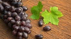 9 Amazing Black Grapes Benefits: From Heart Health to Gorgeous Skin - NDTV Food Health Tips, Health And Wellness, Health Benefits, Black Grapes, Ketogenic Diet, Heart Health, Blueberry, Berries, Healthy Eating