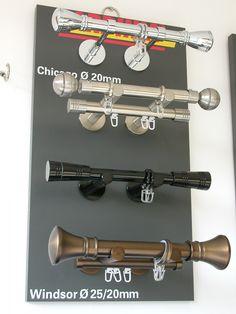 CHICAGO/20 mm–es 1–soros rúdkarnis garnitúrák . Rendelhető színek: Króm, Nemesacél szín, Titán, Fekete, Bronz. WINDSOR/25/20 mm–es 2–soros rúdkarnis garnitúrák. Rendelhető színek: Nemesacél szín és Bronz