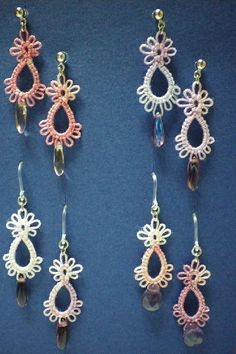 "I just love the look of tatting but I am not as ambidextrous as I would like to be so I am practicing with Maria Papia and needle tatti.Pierce ♪ drop type of tatting laceKéptalálat a következőre: ""tatting earring patterns""little tatted earringst Tatting Earrings, Tatting Jewelry, Lace Jewelry, Tatting Lace, Crochet Earrings, Tatting Bracelet, Jewellery, Shuttle Tatting Patterns, Needle Tatting Patterns"