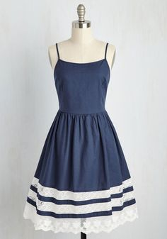 Vintage Dresses She and Trim Dress. Captivate everyones attention at the open mic in this navy sundress! Pin Up Dresses, Pretty Dresses, Beautiful Dresses, Casual Dresses, Dress Outfits, Summer Dresses, Shift Dresses, Navy Blue Dress Casual, Floral Dresses