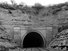 The south portal of Sherwood Tunnel in St. Ann's Well station is behind the photographer. Nottingham Station, Nottingham City, Derelict Places, Third Rail, Disused Stations, St Anne, History Photos, Steam Locomotive, Derbyshire