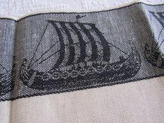 UNUSED Vtg Souvenir VIKING Ships Kitchen LINEN Blend Dish Towel SCANDINAVIAN