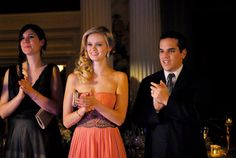 Sara Paxton Gets 'Lovestruck' -- More Stills!: Photo Sara Paxton ties the knot with Alexander Dipersia in this new still from Lovestruck: The Musical. Lovestruck: The Musical tells the story of Harper (Jane Seymour),… Sara Paxton, Side Curls, Fashion Tv, Fashion Ideas, Abc Family, Musicals, Strapless Dress, Braids, Super Cute