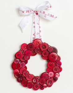 Decorating for Christmas can get expensive, but with this DIY Christmas Button Wreath, holiday wreath making just got easier and cheaper! If you are new to home made Christmas wreaths, this is an easy beginner project for you. Button Wreath, Button Ornaments, Christmas Buttons, Xmas Ornaments, Christmas Wreaths, Christmas Holidays, Christmas Decorations, Christmas Button Crafts, Outdoor Christmas