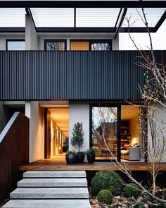 Elwood Townhouse designed by @inform_melbourne Located in Elwood, VIC Photographed by @derek_swalwell