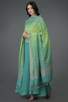 From our exclusive collection of Benaras Threads, this is a green-turquoise rangkat dye Banarasi zari hand woven pure monga georgette dupatta. The dupatta has gold diagonal zari weave all over with gold zari weave borders all around and resham-za Designer Dress For Men, Indian Designer Outfits, Indian Outfits, Designer Dresses, Indian Look, Dress Indian Style, Indian Wear, Indian Gowns Dresses, Kurta Designs Women