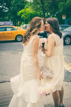 Gallery Kiss Lesbian Party Wedding