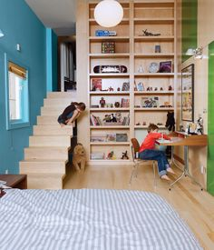 Kids room: Built in shelves and stairs