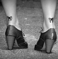 Unique Bow Tattoo Design: Simple Couple Bow Tattoo Designfor Girl On Foot ~ Tattoo Design Inspiration