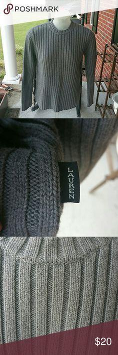 Ralph Lauren Charcoal Gray Thick Rib Sweater L Slim fit. Very warm. Has been worn with signs like slight pilling. Should be easy to remove. Lauren Ralph Lauren Sweaters Crew & Scoop Necks