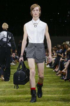 Dior Homme Spring-Summer 2018   Paris Fashion Week
